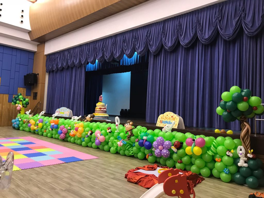 Singapore premium balloon services that balloons for Balloon decoration for stage