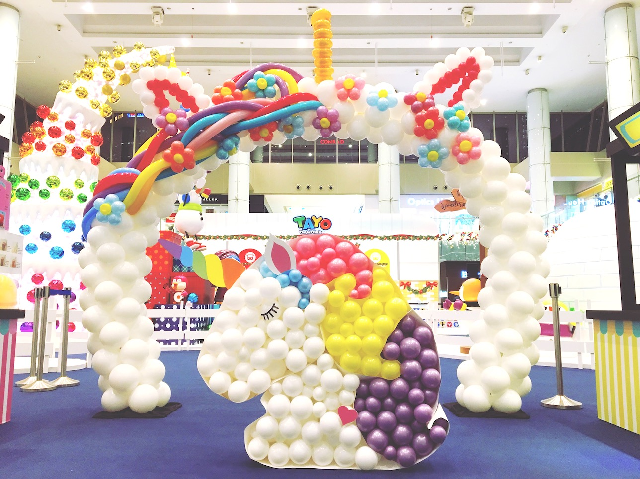 Balloon unicorn decoration that balloons for Balloon decoration for birthday party philippines