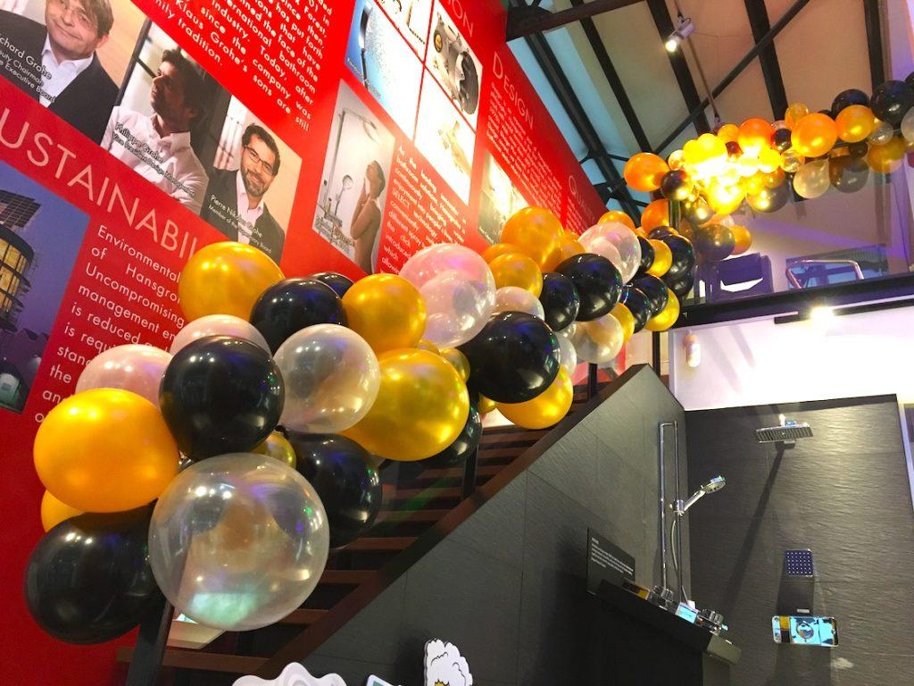 Organic Balloon Deco