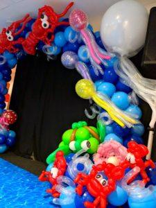 Balloon underwater Sculpture