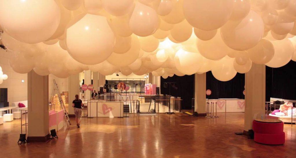 Organic Balloon Clouds