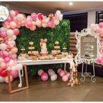 organic balloon backdrop decoration