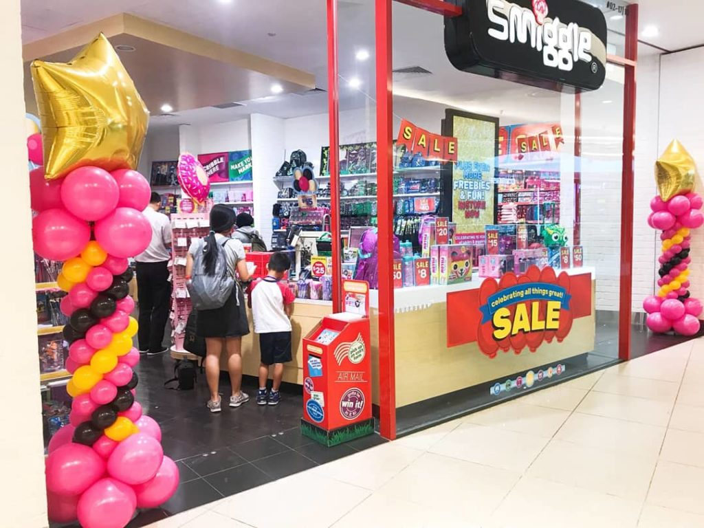 Star Balloon Columns Decoration for Smiggle
