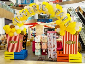 Balloon Popcorn Arch Singapore