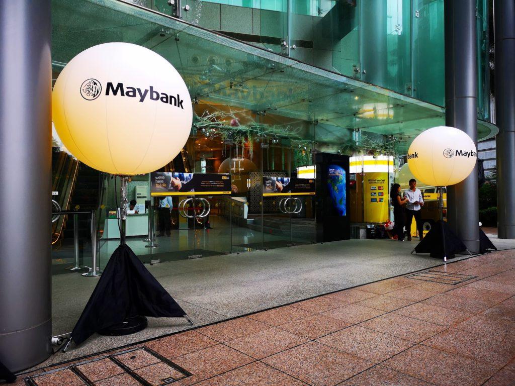 Maybamk Lighted Tripod Balloon
