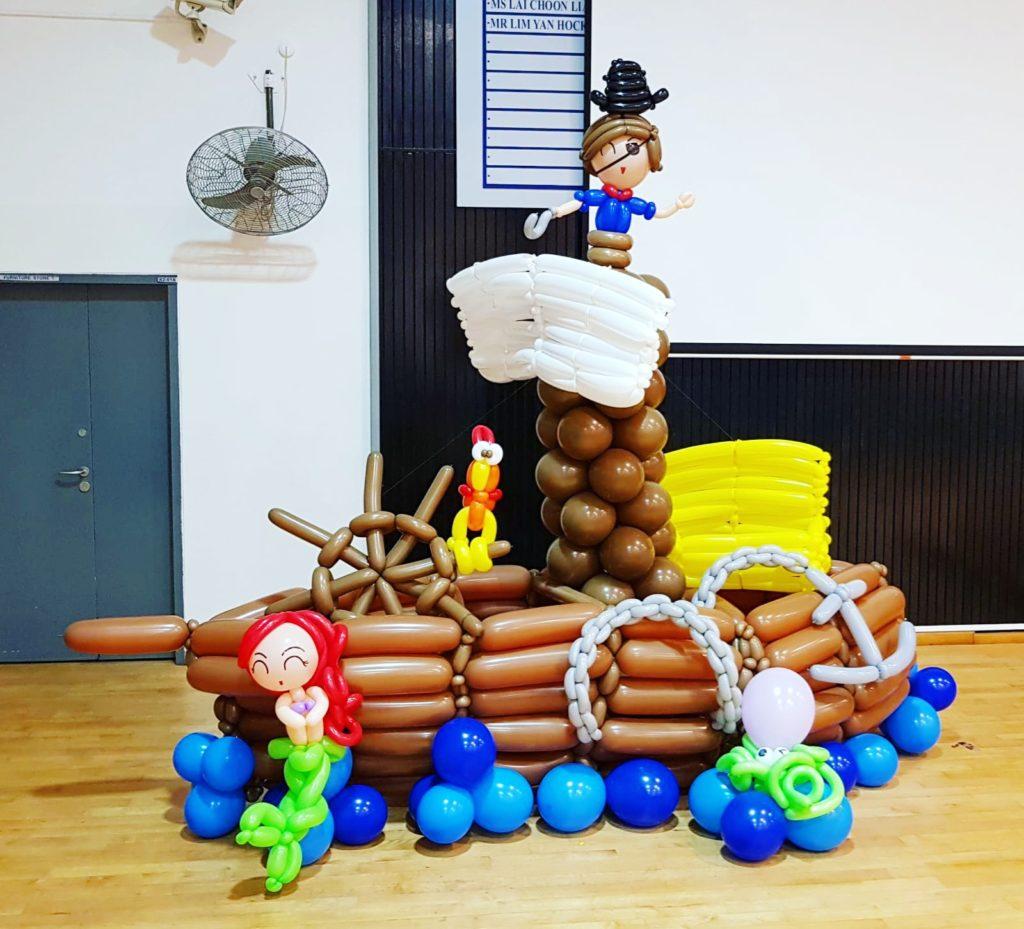 Pirate Ship Balloon Sculpture