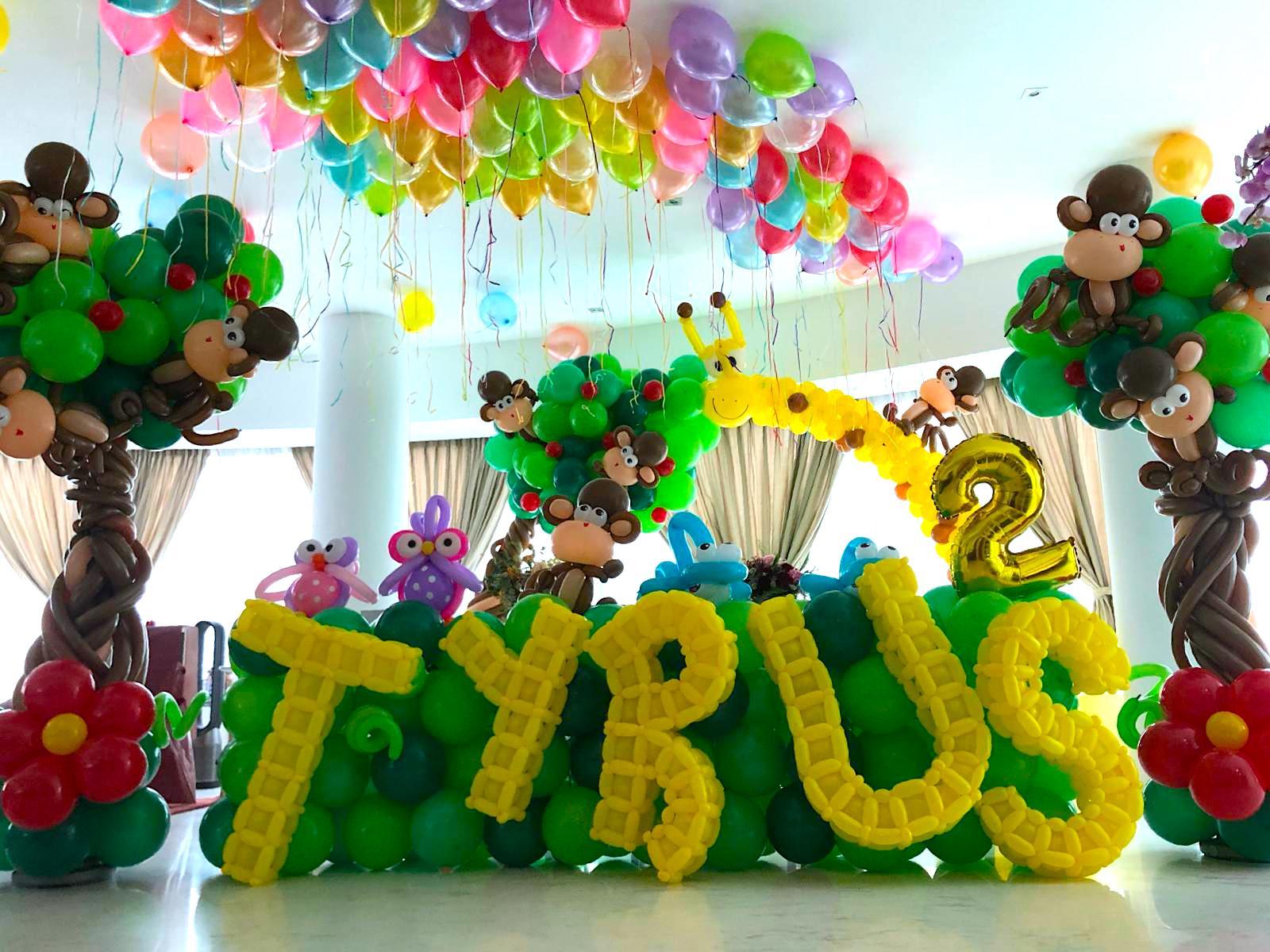 Balloon Decoration That Balloons