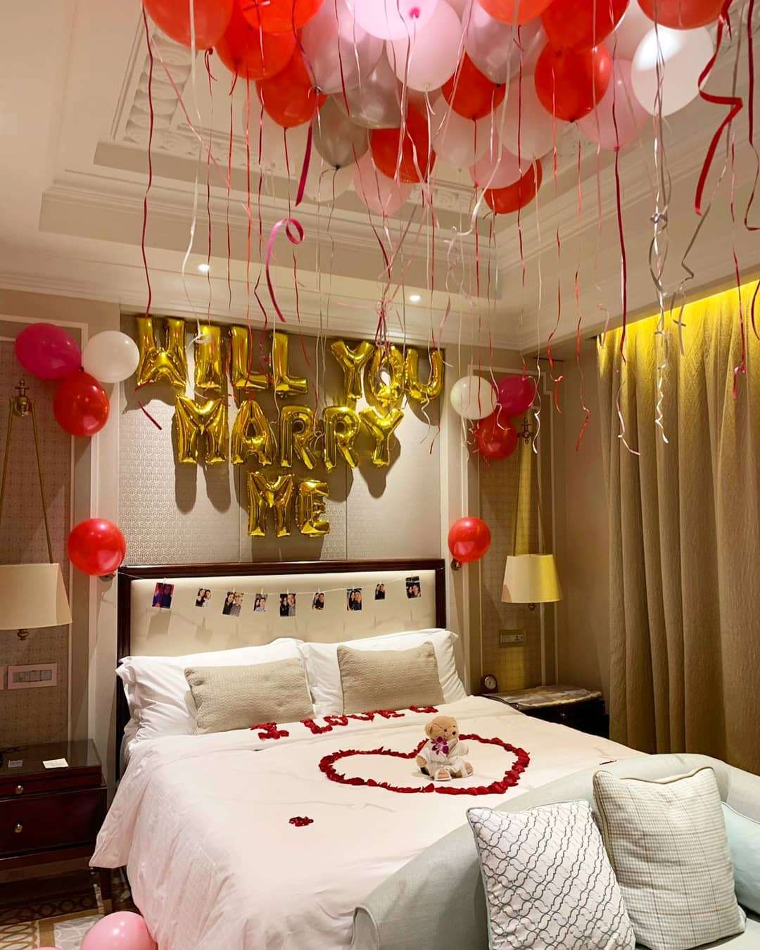 Balloon Decorations for Wedding Proposal