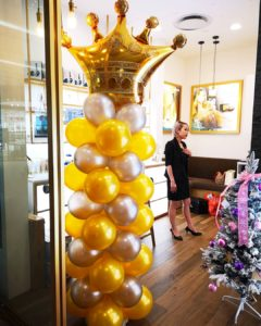 Crown Balloon Pillar