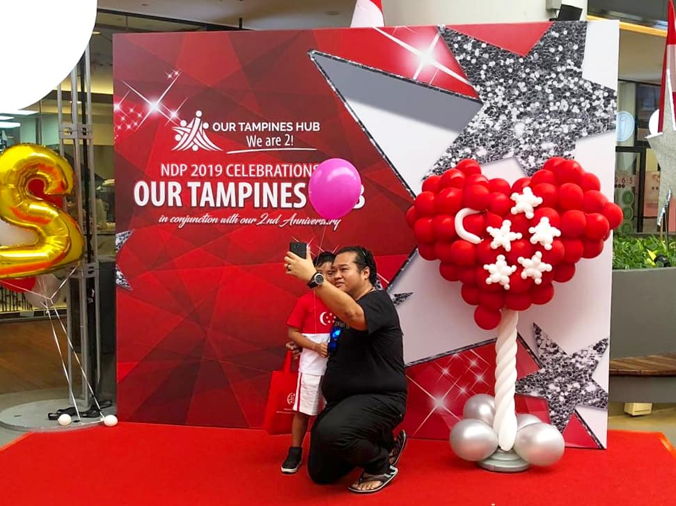 Large Balloon Heart Sculpture
