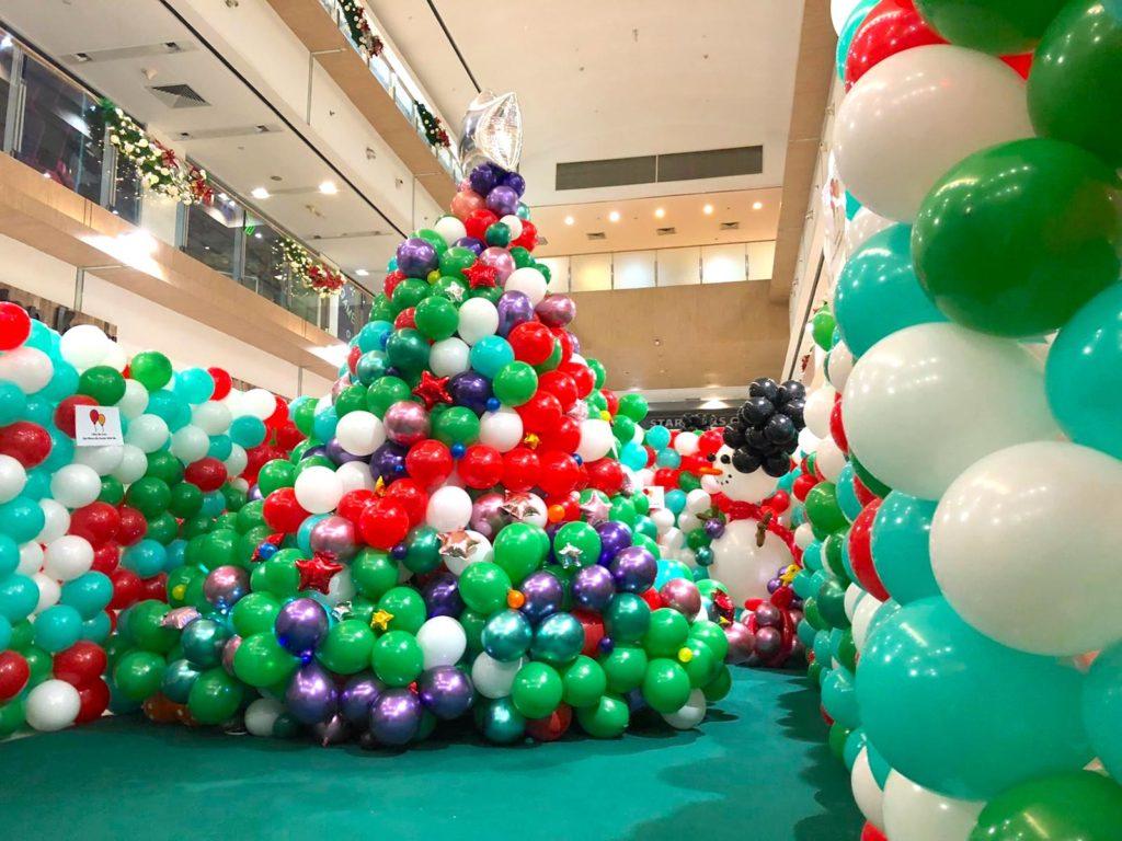 Giant Balloon Christmas Tree Decorations