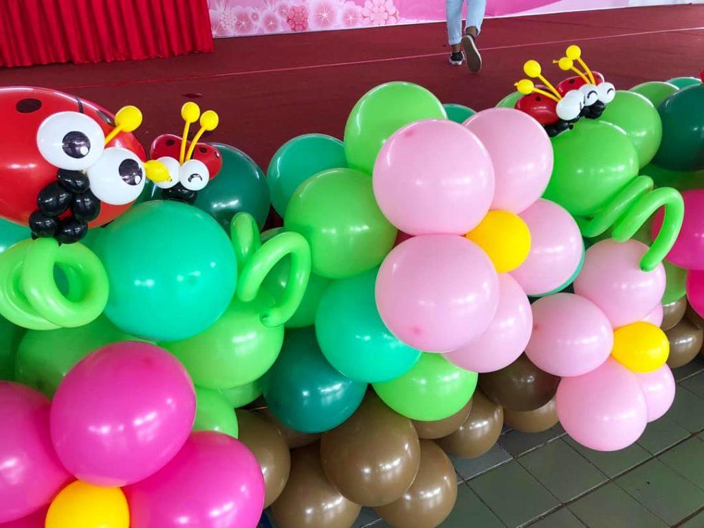 Garden Balloon Decor