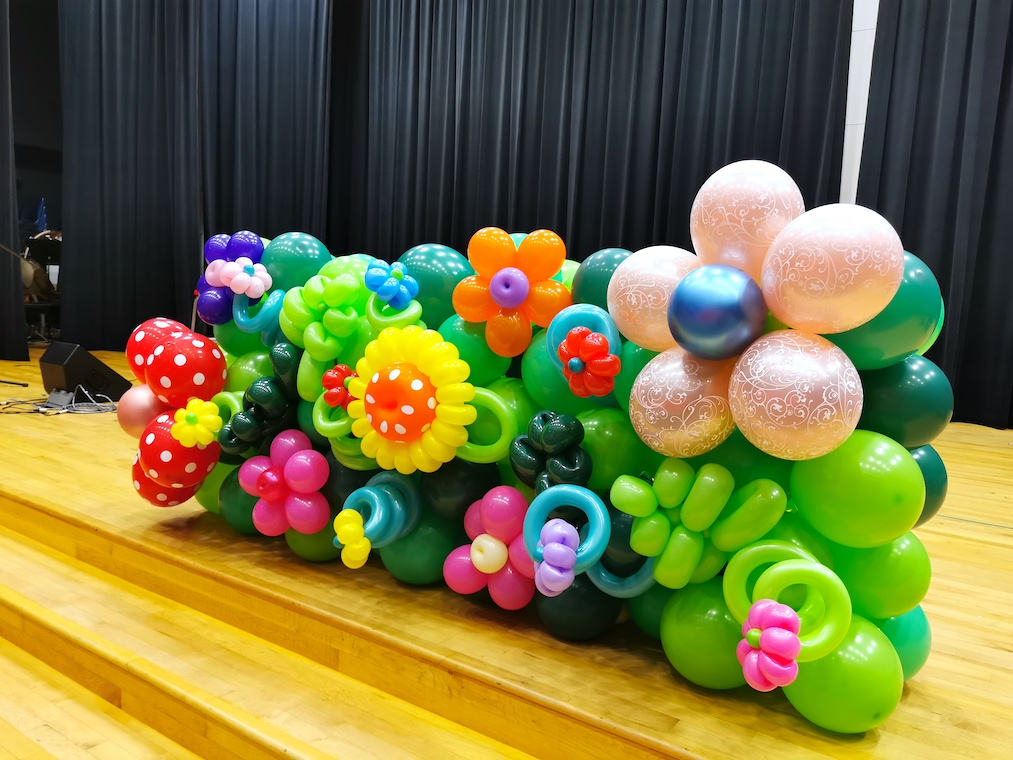 Flower Stage Front Balloon Decorations
