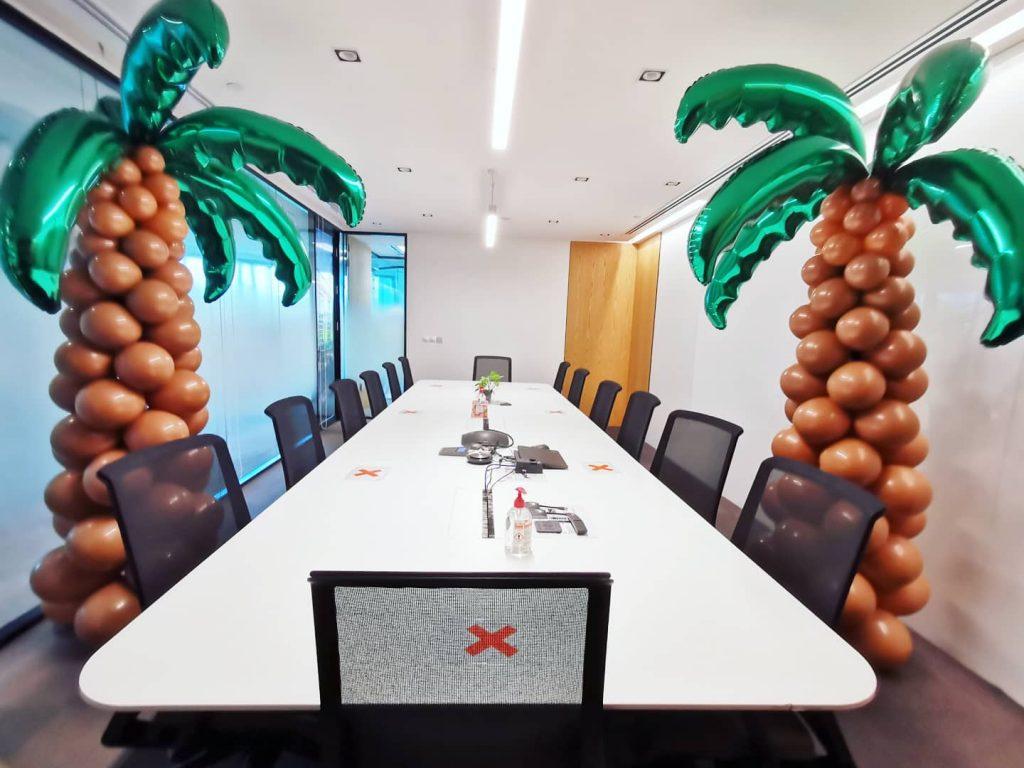 Balloon Palm Tree Decor