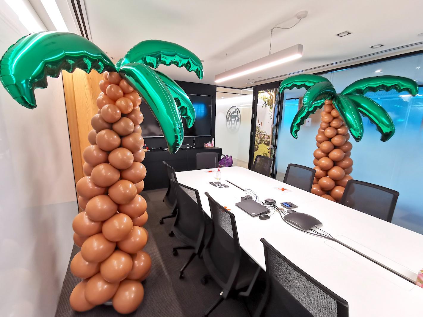 Balloon Palm Tree Decorations Hermes