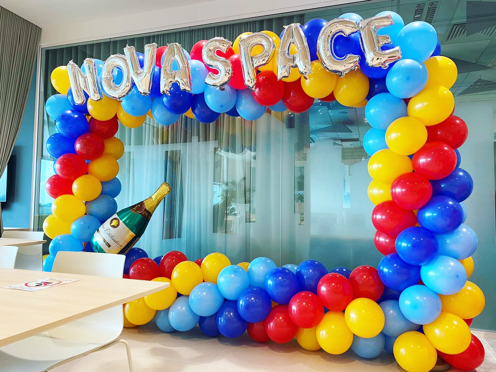 Balloon Photoframe Decoration for Nova Space