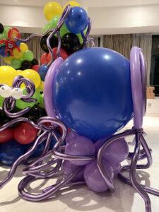 Balloon Alien Sculpture Singapore