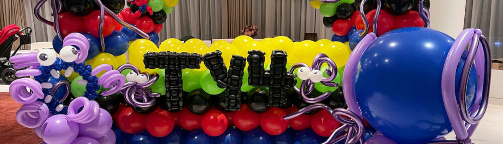 Balloon Alien and Superhero Decoration for Party