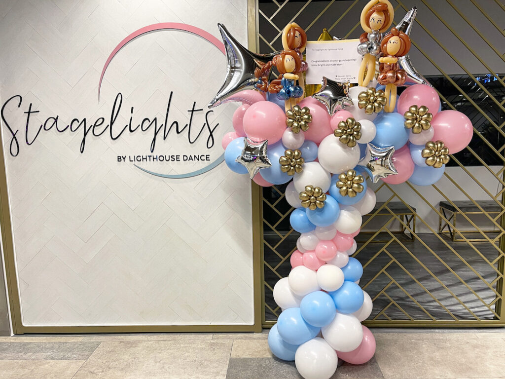 Congratulatory Balloon Stand for Shop Opening