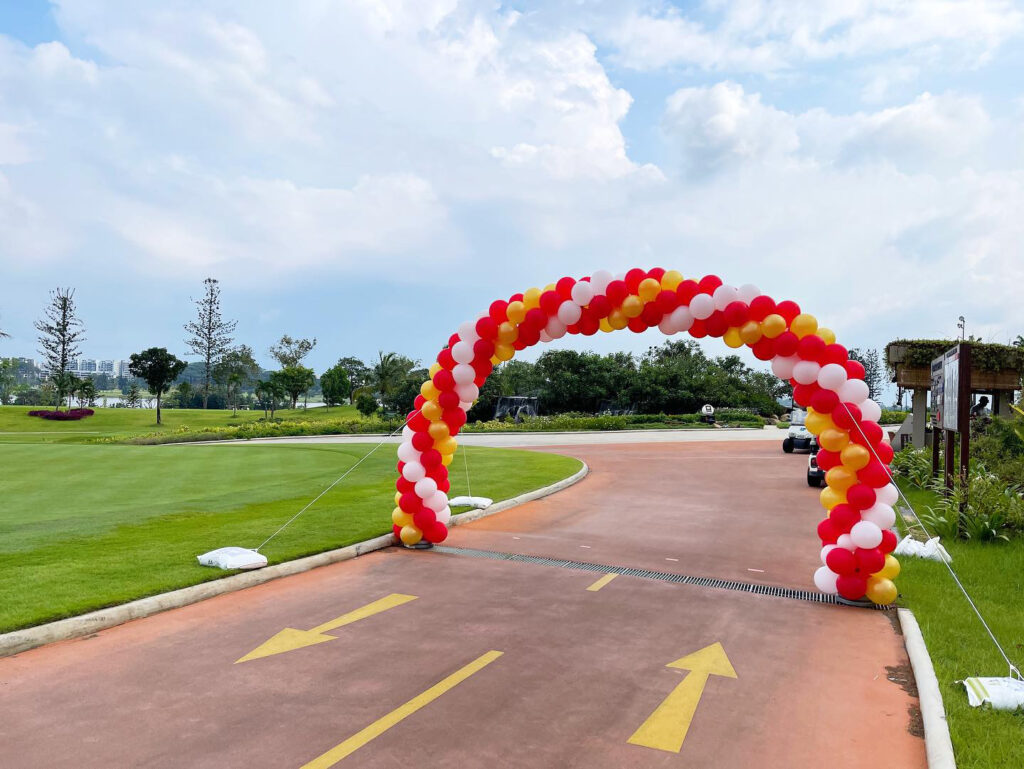 Large Outdoor Balloon Arch Decroation Singapore